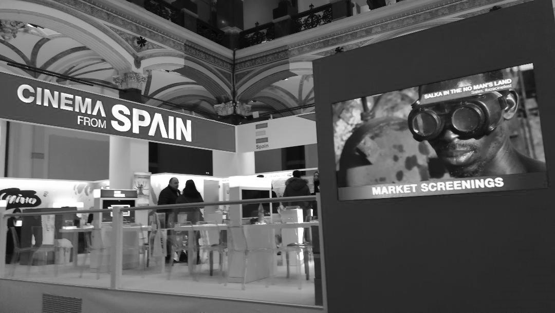 Salka en el Stand de Cinema from Spain en el EFM de la Berlinale 2020.