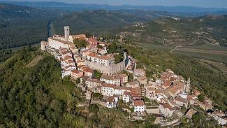 Motovun_aerial_view.jpg