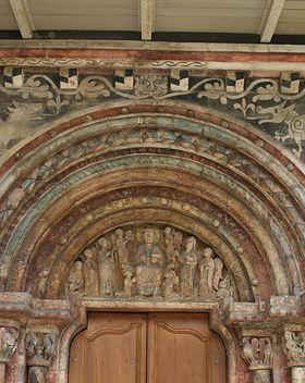 Saint-Ursanne_Kirche_Suedportal.jpg