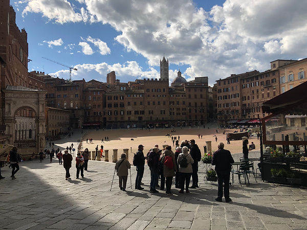 Siena mit dem Torre del Mangia, 14. Jh.