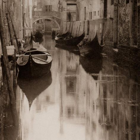 Alfred Stieglitz: Venetian Canal, 1894