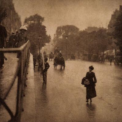 Alfred Stieglitz: A Snapshot: Paris, 1911