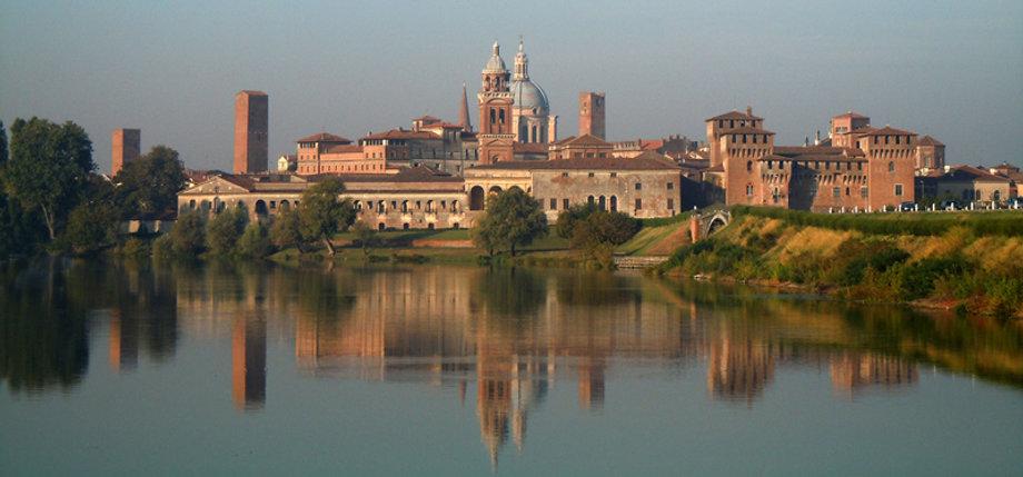 Mantova_-_Profilo_di_Mantova_Di_Massimo_