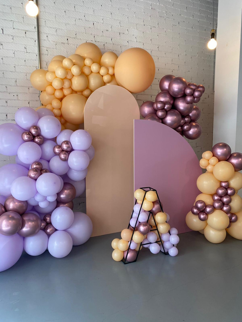 backdrop globos