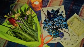 """""""Siostra gwiazd"""" – Marah Woolf"""