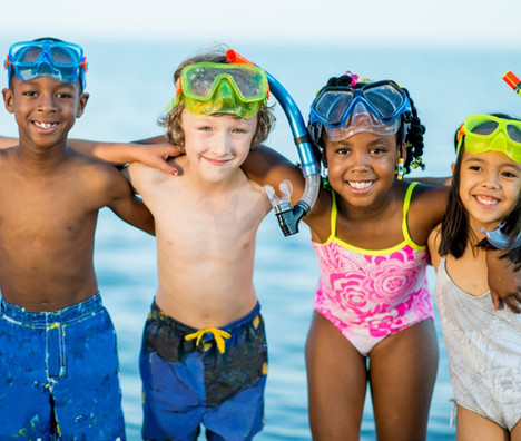 How to Help Your Child Make Friends This Summer