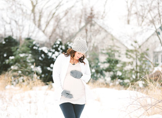 Maternity Winter Outdoor Session in my backyard :)