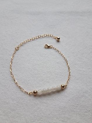 Bracelet 5 Pierres de lune et chaîne argent 925 doré à l'Or fin