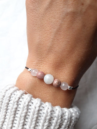 """Bracelet """"Amour"""" en Pierres naturelles, Quartz rose, Rhodonite, Pierre de lune"""