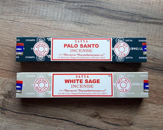 Lot de 2 boîtes d'encens Satya Palo Santo et Sauge Blanche