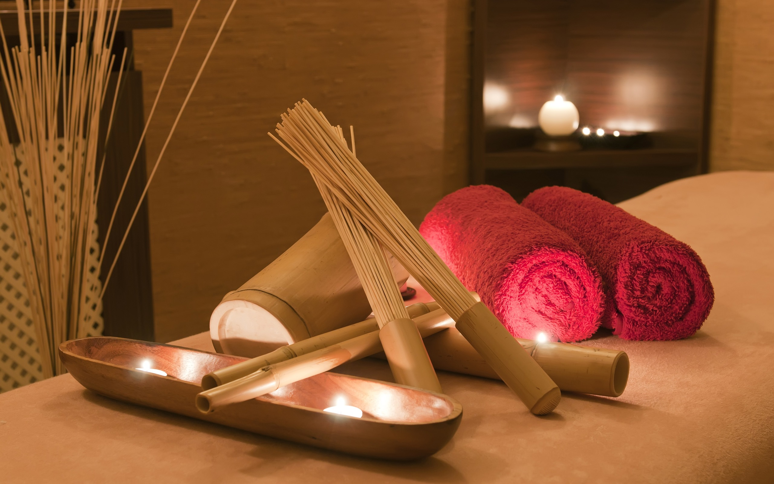 4.Relax Aroma Massage