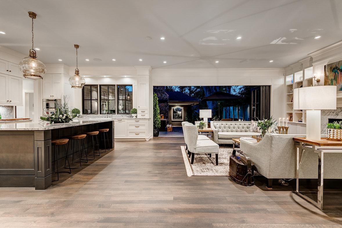Custom Luxury Home Builder and Renovator