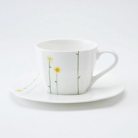 Daisy Chain Teacup & Saucer