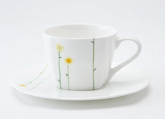 Daisy Chain Teacup & Saucer