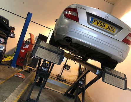 MOT centre - Godalming Garage Ltd