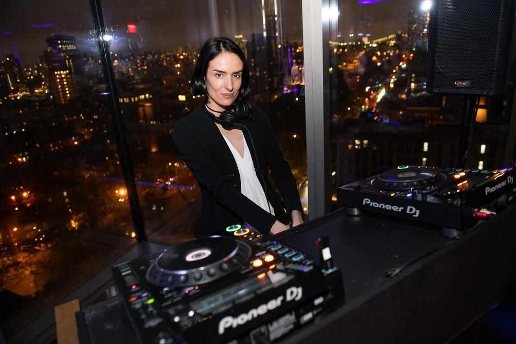 DJ Elle Dee