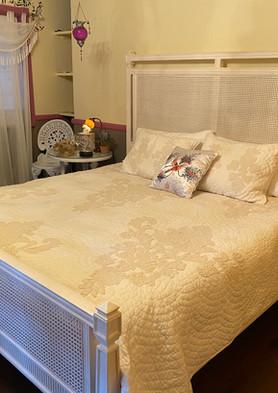shady-lady-bed.jpg