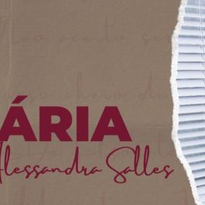 Alessandra Salles conduz live solidária na paróquia