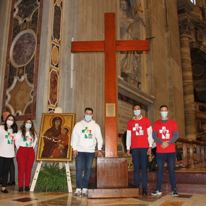 Papa Francisco entrega os ícones da JMJ aos jovens portugueses