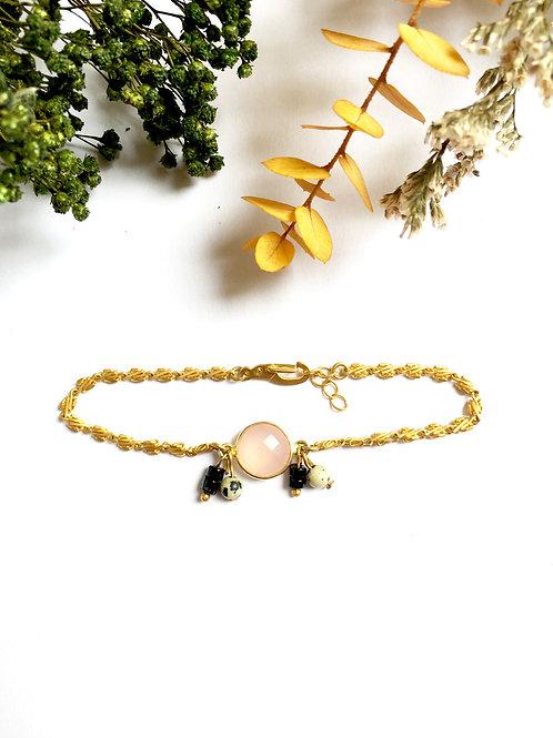 """Bracelet """"Cécile"""" en or mat 24 carats, Quartz rose, Jaspe dalmatien et Spinelle"""