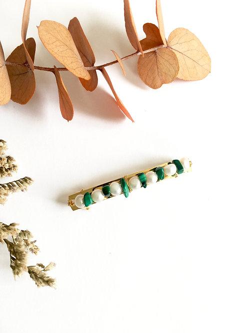 Barrette à cheveux de 6cm ornée de  perles d'eau douce et Malachite