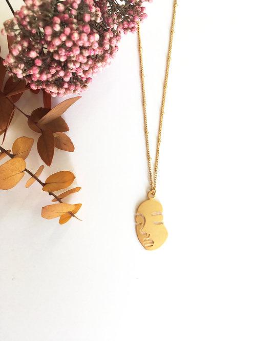 Collier visage en laiton doré à l'or fin mat 24 carats