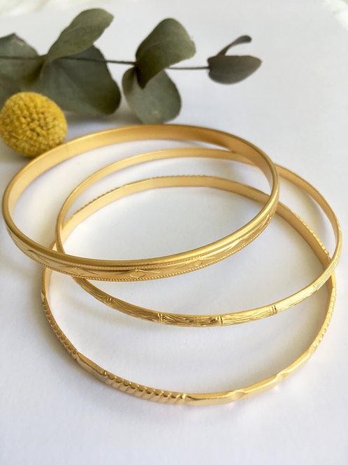 Trio de bracelets gravés