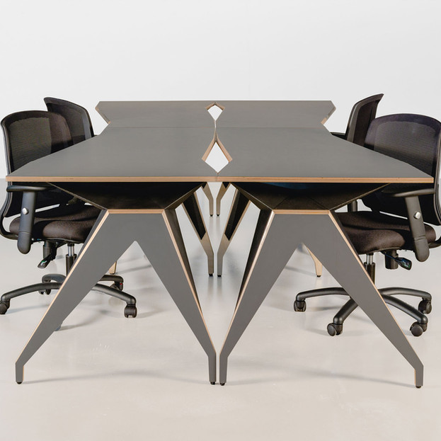 DmanD Table