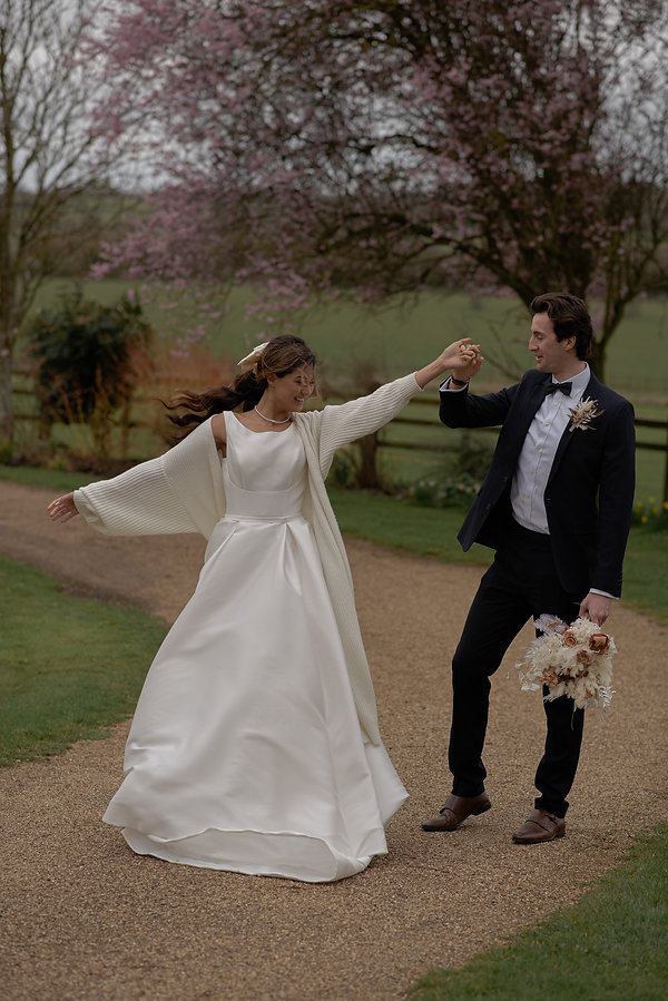 West Midlands Wedding Photographer. Romantic Wedding Photography. Rustic Wedding Photography. Candid Photography