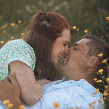 COUPLE'S ADVENTURE PHOTOSHOOT IN YOULGREAVE, PEAK DISTRICT, INSPIRED BY THE NOTEBOOK.