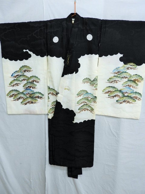 Boy's Japanese KIMONO Black & White w/ Family Crests, Embr. Crane Motif #1512