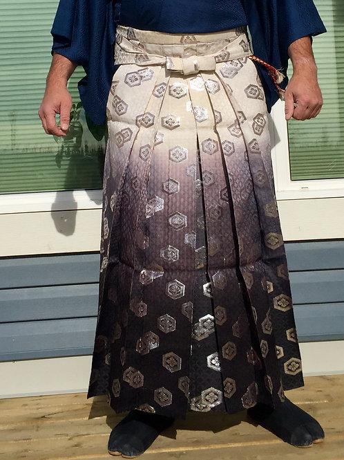 Takeda Daimyo Hakama (Andon type) Takeda Clan Mon (crest) / Graded Colours #0540