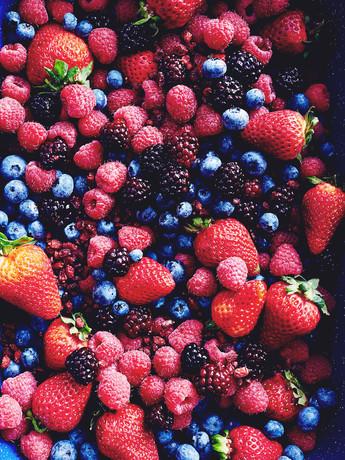 มากิน 4 ผลไม้ตระกูลเบอร์รี่กันเถอะ