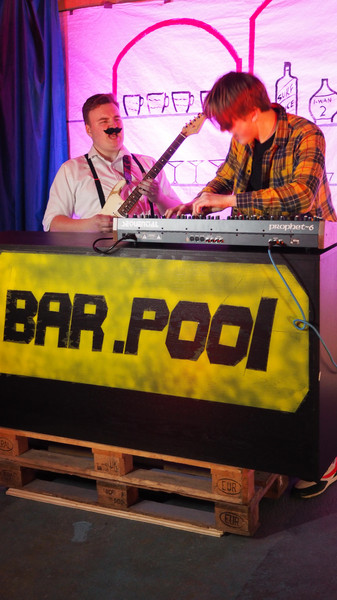 bar.pool