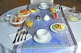 Petit-dejeuner-Manoir-de-la-Fieffe.jpg