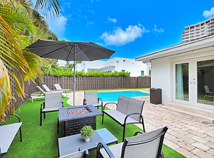 1217 Seabreeze Blvd - 01.jpg