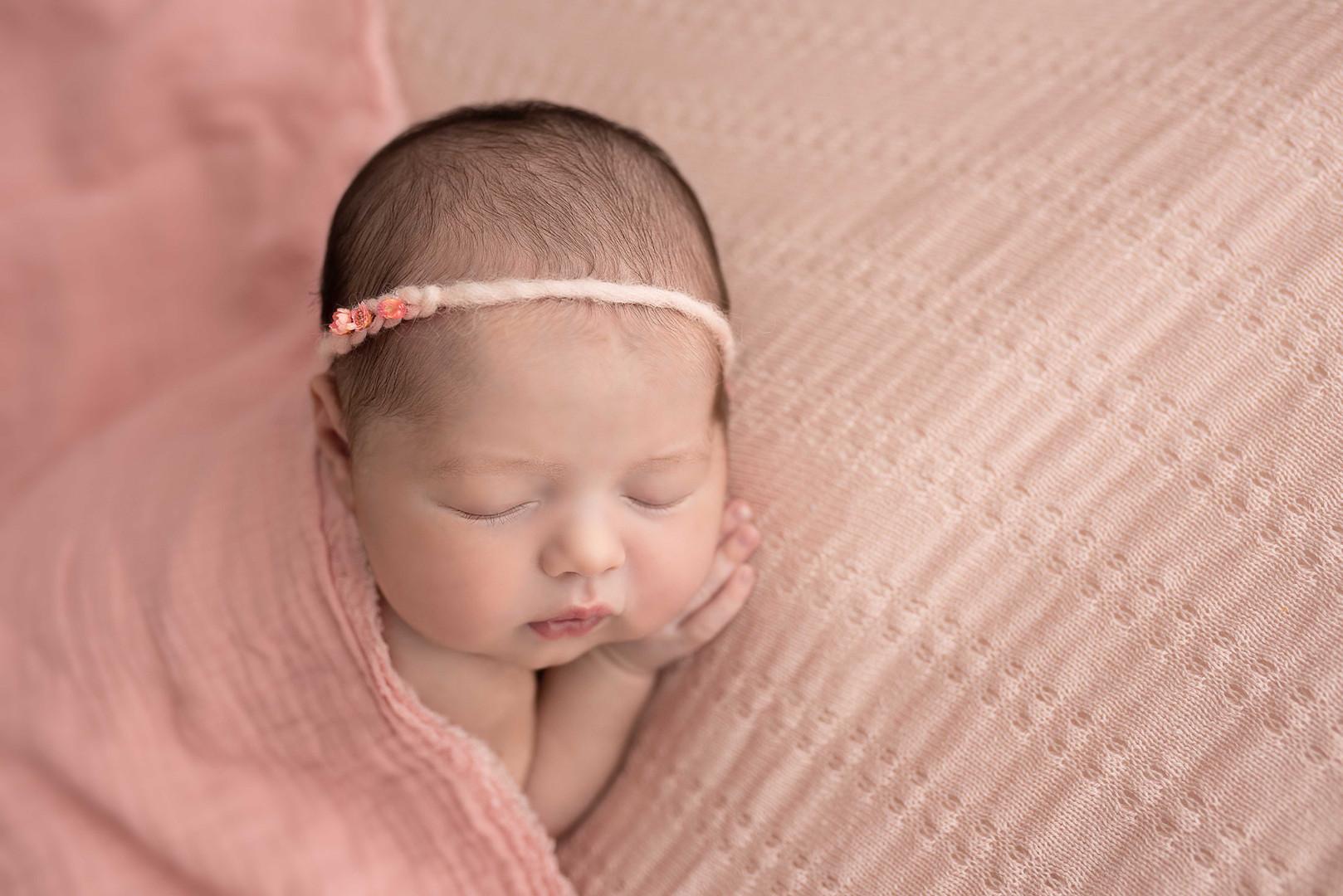025_Lara7D_Newborn_051217_PalomaSchell-E
