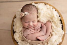 023_Lara7D_Newborn_051217_PalomaSchell-E