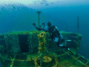 Un hundimiento para apoyar el arrecife y generar vida marina