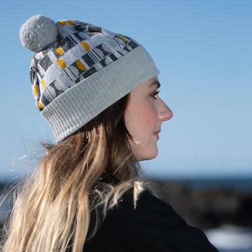 'Headlights' hat in light grey