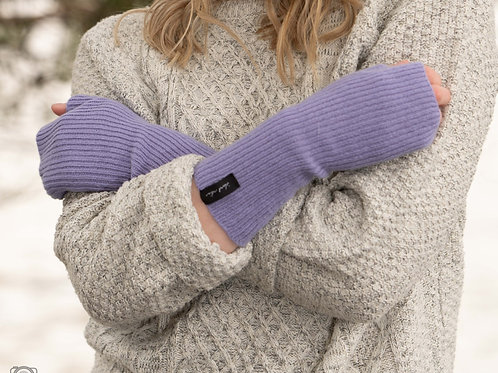Cosy Lilac Winter Wrist Warmers