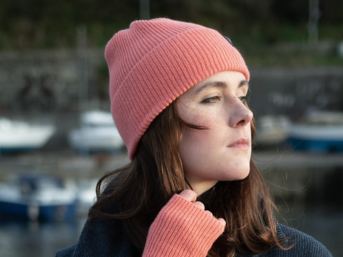 Cosy Coral Ribbed Hat