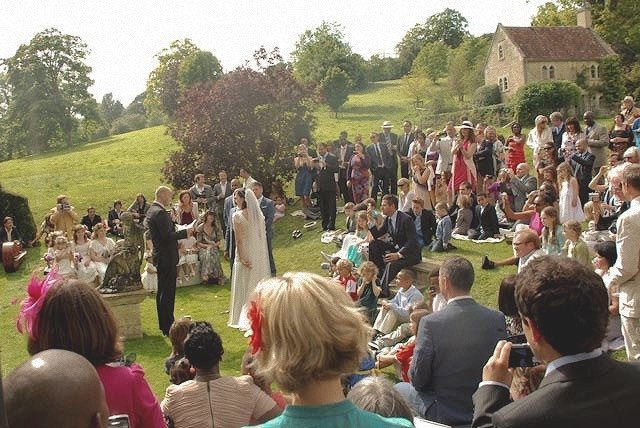 Outdoor Ceremony _ Bradfrod on Avon _ Wi