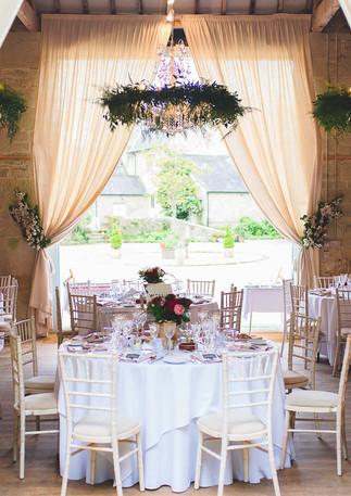 Wedding Barn Ashley Wood Farm Round tabl