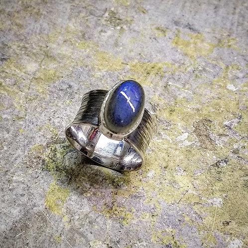 Silver ring with Labradorite cabochon