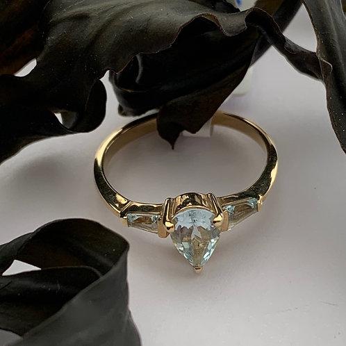 Blue Topaz three stone ring - 9ct Gold.    R2268
