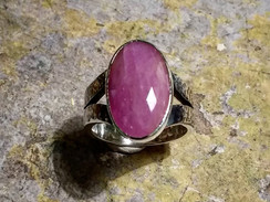 Pink Sapphire silver ring - Size U