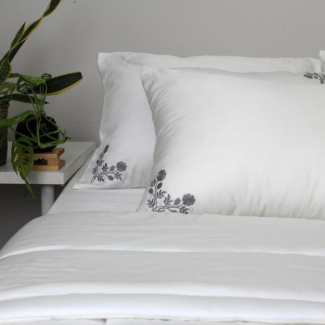 Bedsheet white tencel
