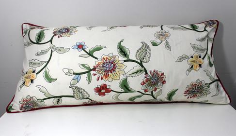 sarung bantal cinta micro bunga.jpg