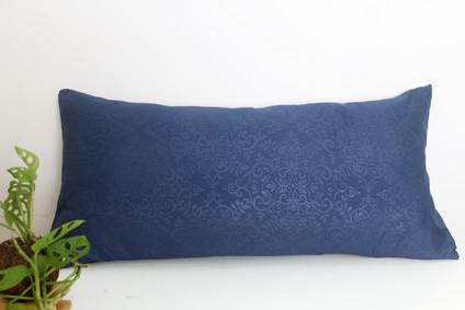 sarung bantal cinta microtex biru.jpg